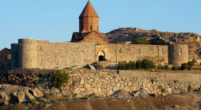 Armenia: Cultura e trekking leggero