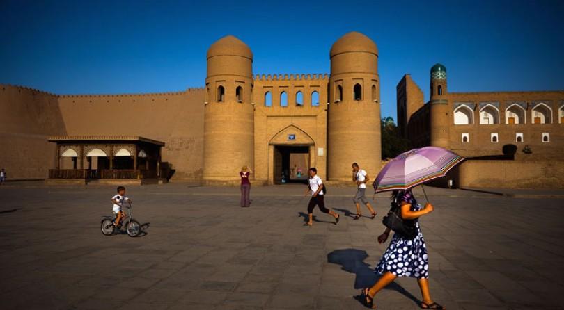 Uzbekistan, la Via della Seta, Samarcanda e Bukhara, viaggio e workshop fotografico con Anna Serrano