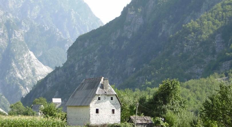 Albania: trekking tra le magnifiche Alpi albanesi
