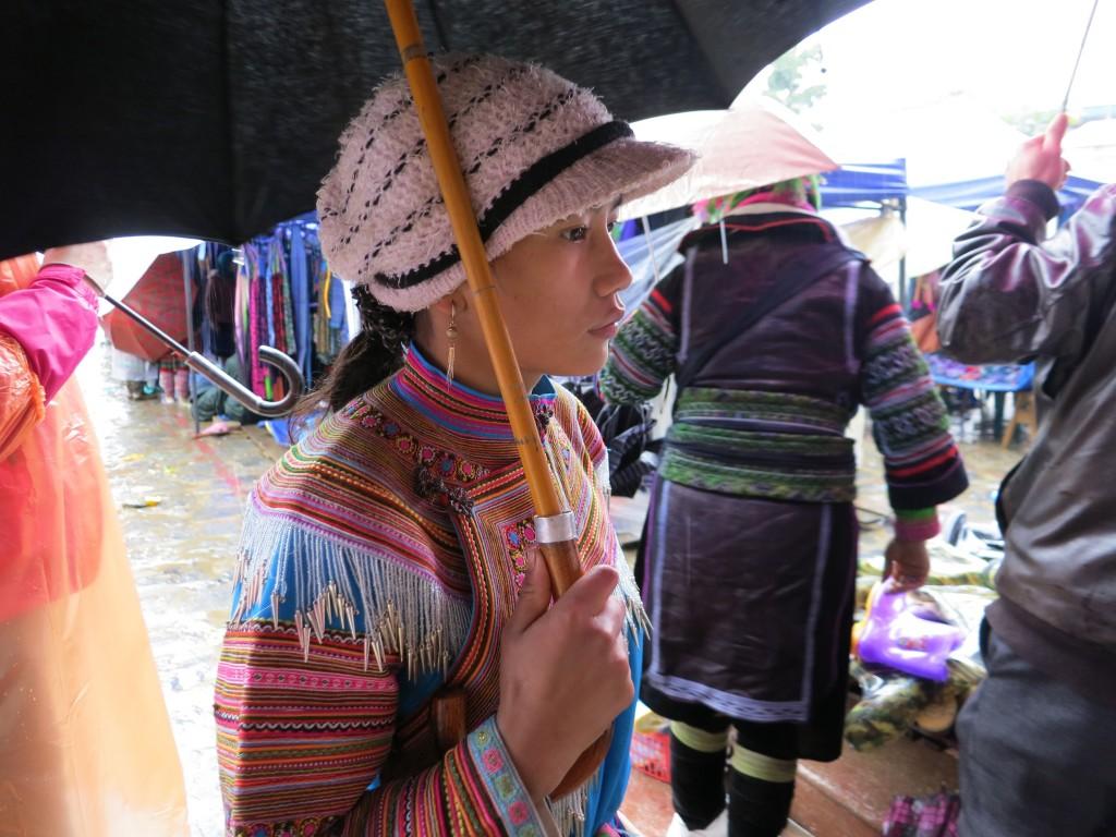 Vietnam, ragazza al mercato di Lao Cai