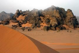 Algeria: l'erg Tihodaine e i magnifici paesaggi dell'Acacus